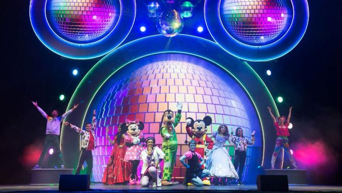 Disney Junior Holiday Party! at Toyota Oakdale Theatre