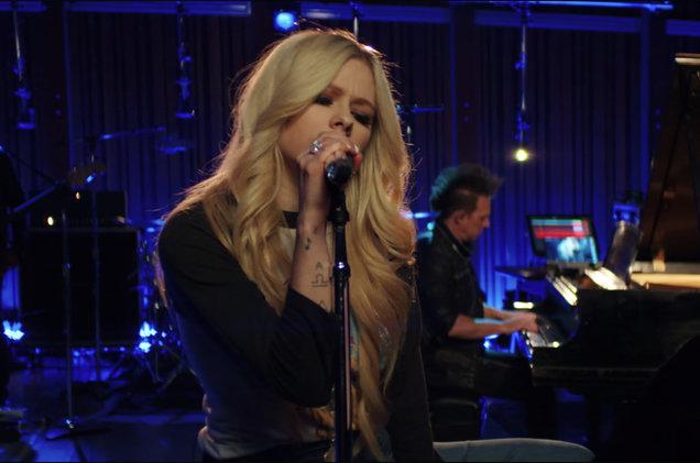 Avril Lavigne at Toyota Oakdale Theatre